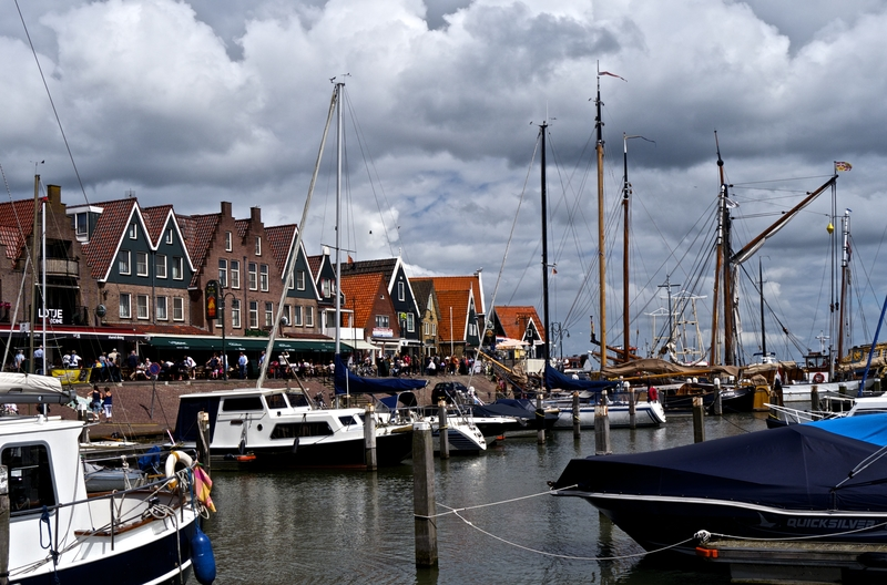 Day Trip from Amsterdam: The Dutch Villages Where Time Stood Still