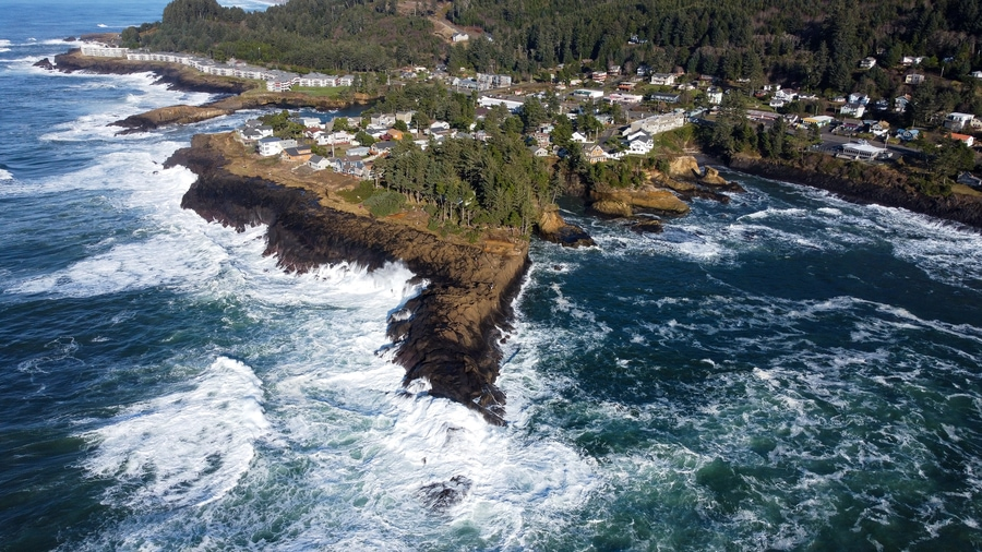 Central Oregon Coast Road Trip Attractions - Erika's Travels
